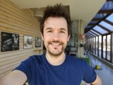 Selfie samples, Portrait mode - f/2.4, ISO 160, 1/100s - Oppo Find X2 Pro review