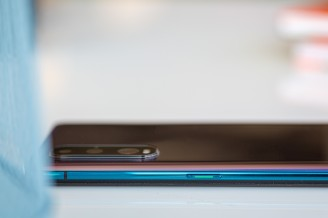 Power button - Oppo Find X2 review