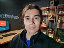 Selfie Night mode: Night mode Selfie Night mode: Night mode - f/2.0, ISO 2650, 1/8s - Oppo Reno3 Pro review - Oppo Reno3 Pro review