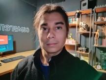 Selfie Night mode: Night mode Selfie Night mode: Night mode - f/2.0, ISO 9078, 1/6s - Oppo Reno3 Pro review - Oppo Reno3 Pro review