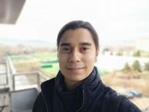 Selfie samples: Portrait - f/2.4, ISO 164, 1/50s - Oppo Reno3 Pro review