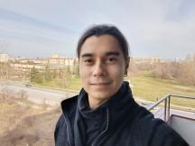 Selfie samples: Normal - f/2.4, ISO 143, 1/50s - Oppo Reno3 Pro review