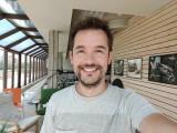 Selfie samples, 32MP - f/2.4, ISO 165, 1/100s - Oppo Reno4 Pro review