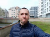 Realme 6i 8MP selfie portraits - f/2.0, ISO 111, 1/1124s - Realme 6i review