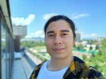 Selfie portrait samples - f/2.2, ISO 64, 1/294s - Samsung Galaxy A31 review