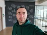 Samsung Galaxy A71 selfie portraits - f/2.2, ISO 160, 1/50s - Samsung Galaxy A71 review