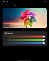Display settings and color profiles - Samsung Galaxy Z Fold2 review