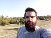 Tecno Camon 16 Premier selfie portraits - f/2.2, ISO 110, 1/642s - Tecno Camon 16 Premier review