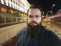 Tecno Camon 16 Premier low-light selfie samples - f/2.2, ISO 4185, 1/14s - Tecno Camon 16 Premier review