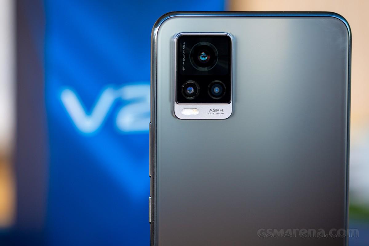vivo V20 review