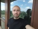 Selfies, 32MP - f/2.5, ISO 57, 1/100s - vivo X50 Pro review