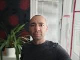 Portrait selfie - f/2.5, ISO 149, 1/33s - vivo X50 Pro review
