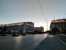 Camera samples at dusk: 108MP - f/1.7, ISO 165, 1/50s - Xiaomi Mi 10 5g review
