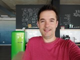 Selfie samples - f/2.2, ISO 75, 1/50s - Xiaomi Mi 10 Lite 5G review