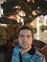 Selfies, nighttime, portrait mode off/on - f/2.3, ISO 730, 1/14s - Xiaomi Mi 10 Pro long-term review