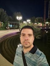 Selfies, nighttime, portrait mode off/on - f/2.3, ISO 400, 1/20s - Xiaomi Mi 10 Pro long-term review