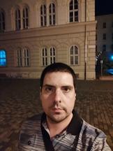 Selfies, nighttime, portrait mode off/on - f/2.3, ISO 1280, 1/14s - Xiaomi Mi 10 Pro long-term review