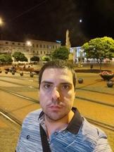 Selfies, nighttime, portrait mode off/on - f/2.3, ISO 427, 1/20s - Xiaomi Mi 10 Pro long-term review