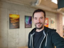 Selfie portrait samples - f/2.5, ISO 139, 1/33s - Xiaomi Mi 10T Lite 5G review