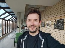 Selfie samples - f/2.5, ISO 84, 1/100s - Xiaomi Mi 10T Lite 5G review
