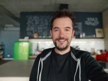 Selfie portrait samples - f/2.5, ISO 189, 1/33s - Xiaomi Mi 10T Lite 5G review
