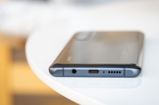 USB-C and headphone jack, both - Xiaomi Mi Note 10 Lite review