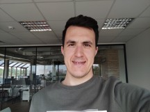 Normal selfies - f/2.2, ISO 50, 1/178s - Xiaomi Poco F2 Pro review
