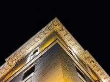 Low-light 2x photos - f/1.9, ISO 819, 1/33s - Xiaomi Poco F2 Pro review