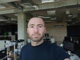 Selfies, 8MP - f/2.0, ISO 115, 1/100s - Xiaomi Redmi 9 review