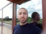 Portrait selfies, 8MP - f/2.0, ISO 111, 1/415s - Xiaomi Redmi 9 review