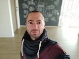Redmi K30 20MP portrait selfies - f/2.2, ISO 176, 1/50s - Xiaomi Redmi K30 review