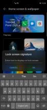 Lock screen and home screen customization - Huawei Mate X2 review