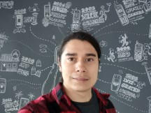Selfies: Normal - f/2.2, ISO 260, 1/50s - Motorola Moto G 5G review
