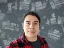 Selfies: Portrait - f/2.2, ISO 275, 1/50s - Motorola Moto G 5G review