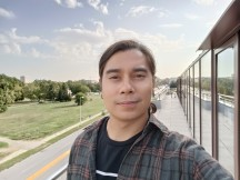 Selfies: Normal - f/2.4, ISO 102, 1/132s - Oppo Reno6 5G review