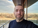 Selfies, 10MP or 5MP - f/2.2, ISO 50, 1/153s - Samsung Galaxy S21 Ultra review
