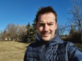 Selfies, 10MP or 5MP - f/2.2, ISO 50, 1/2128s - Samsung Galaxy S21 Ultra review