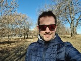Selfies, 10MP or 5MP - f/2.2, ISO 50, 1/1072s - Samsung Galaxy S21 Ultra review