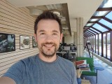 Selfie samples - f/2.0, ISO 40, 1/160s - Sony Xperia 1 III review