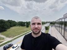 Ultrawide selfie camera samples - f/2.2, ISO 116, 1/457s - Tecno Phantom X review