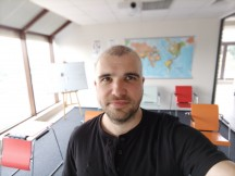 Main camera seflies: Portrait - f/2.2, ISO 150, 1/33s - Tecno Phantom X review