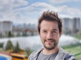 Portrait samples, 2x, Biotar style - f/2.0, ISO 50, 1/144s - vivo X60 Pro review