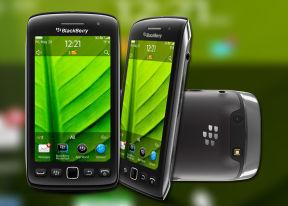 BlackBerry Torch 9860 review: Keyless, not clueless