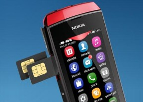 Nokia Asha 305 review: Smarter 2gether